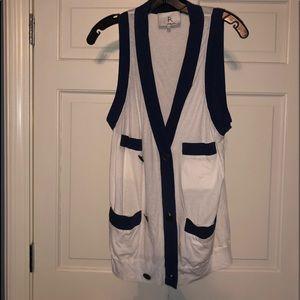 Button down vest